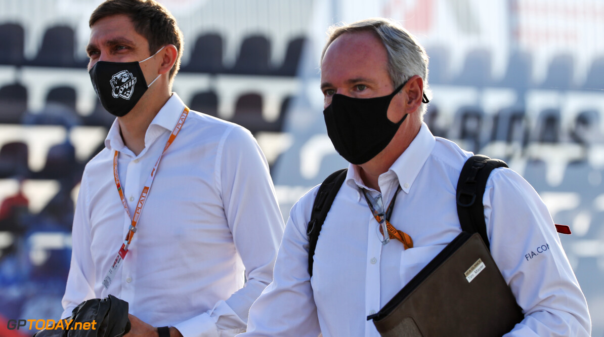 Tim Mayer (USA) FIA Steward with Vitaly Petrov (RUS)