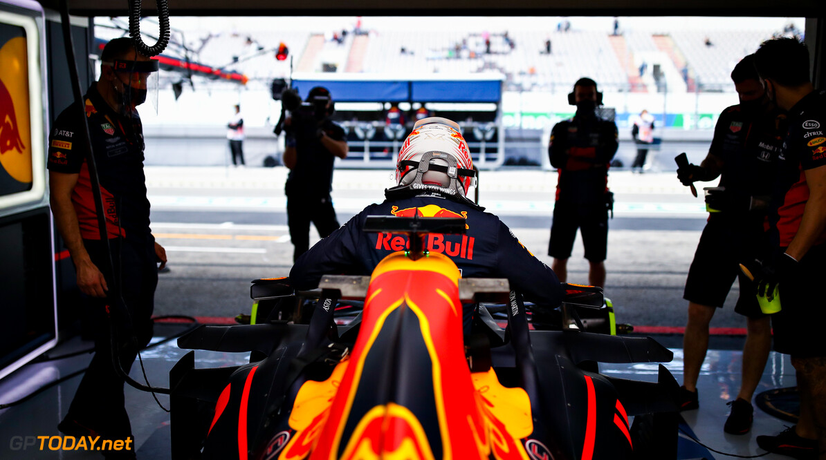 PORTIMAO, PORTUGAL - OCTOBER 23: Max Verstappen of Netherlands and Red Bull Racing prepares to drive in the garage during practice ahead of the F1 Grand Prix of Portugal at Autodromo Internacional do Algarve on October 23, 2020 in Portimao, Portugal. (Photo by Mark Thompson/Getty Images) // Getty Images / Red Bull Content Pool  // SI202010230066 // Usage for editorial use only //  F1 Grand Prix of Portugal - Practice     SI202010230066
