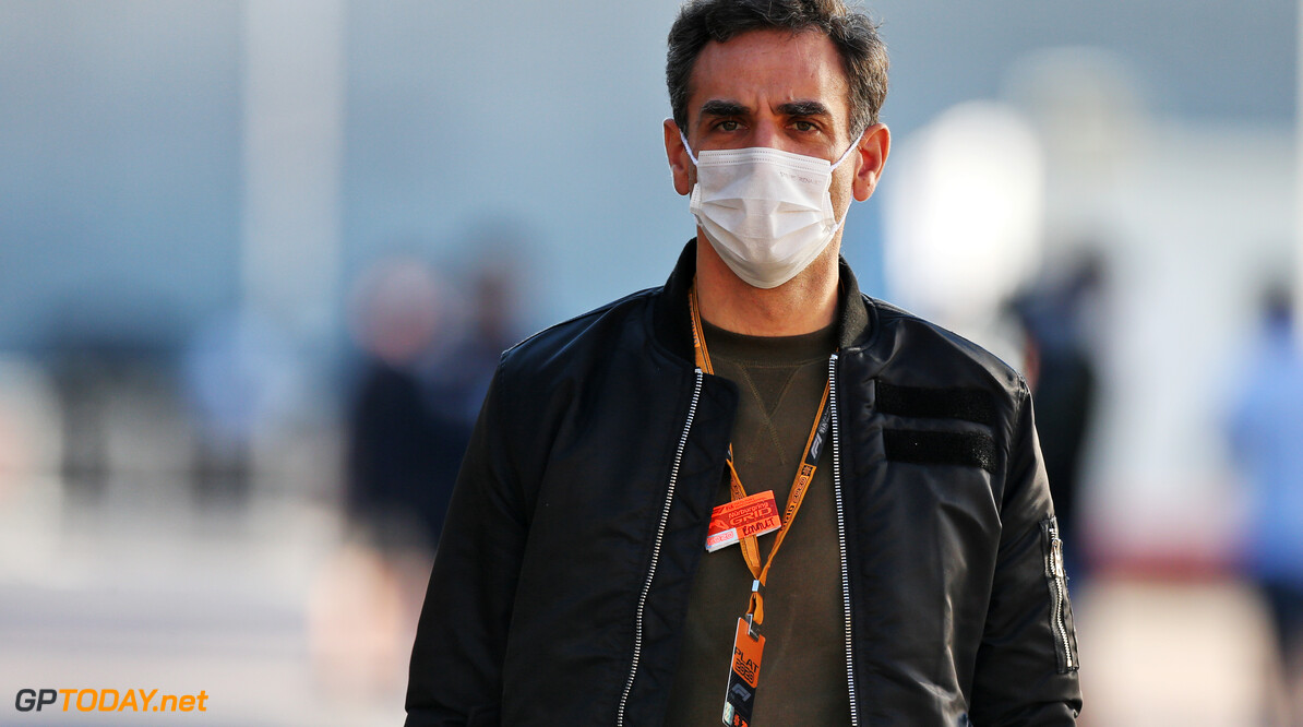 "Cyril Abiteboul: ""Na lekke band Verstappen reed Daniel Ricciardo een paar fantastische ronden"""