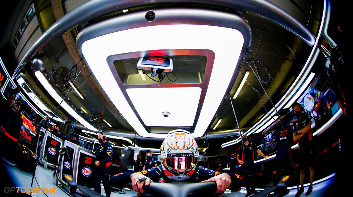 PORTIMAO, PORTUGAL - OCTOBER 24: Max Verstappen of Netherlands and Red Bull Racing prepares to drive in the garage during qualifying ahead of the F1 Grand Prix of Portugal at Autodromo Internacional do Algarve on October 24, 2020 in Portimao, Portugal. (Photo by Mark Thompson/Getty Images) // Getty Images / Red Bull Content Pool  // SI202010240334 // Usage for editorial use only //  F1 Grand Prix of Portugal - Qualifying     SI202010240334