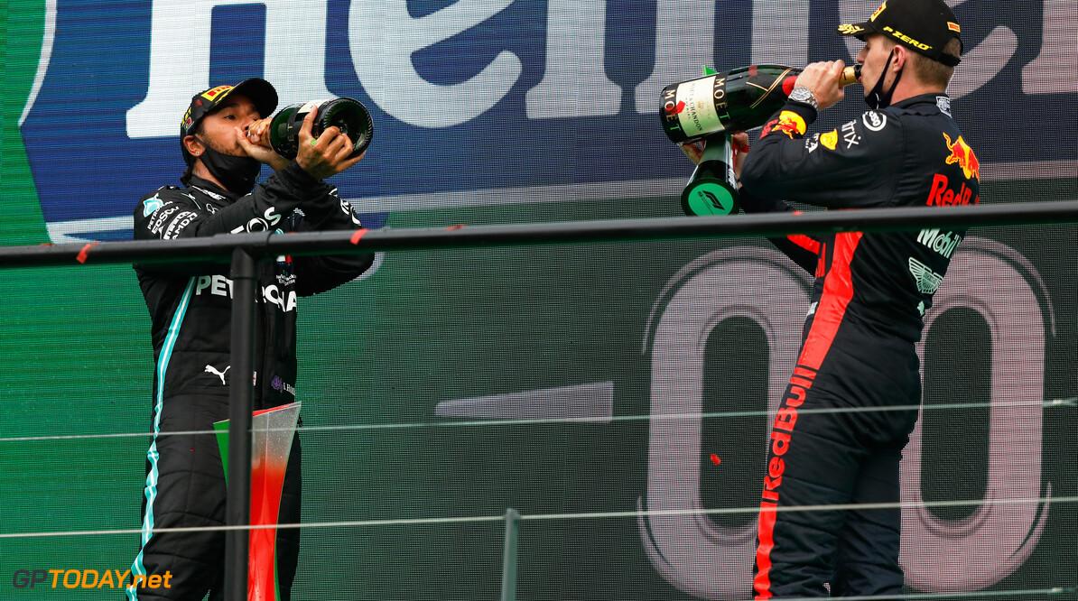 """Mark Webber: """"Verstappen moet meer verfijnen om in de buurt van Hamilton te komen"""""""