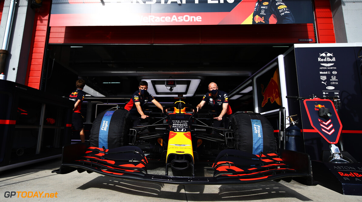 IMOLA, ITALY - OCTOBER 30: The car of Max Verstappen of Netherlands and Red Bull Racing is pushed from the garage during previews ahead of the F1 Grand Prix of Emilia Romagna at Autodromo Enzo e Dino Ferrari on October 30, 2020 in Imola, Italy. (Photo by Mark Thompson/Getty Images) // Getty Images / Red Bull Content Pool  // SI202010300506 // Usage for editorial use only //  F1 Grand Prix of Emilia Romagna - Previews     SI202010300506