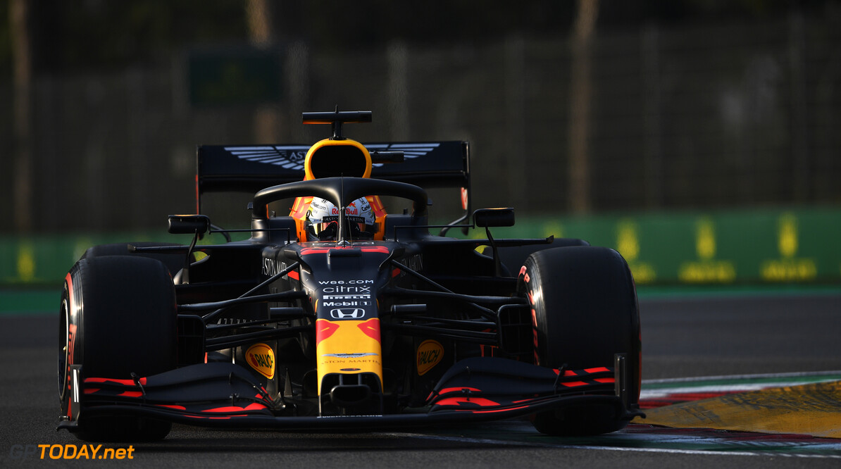 IMOLA, ITALY - OCTOBER 31: Max Verstappen of the Netherlands driving the (33) Aston Martin Red Bull Racing RB16 on track during qualifying ahead of the F1 Grand Prix of Emilia Romagna at Autodromo Enzo e Dino Ferrari on October 31, 2020 in Imola, Italy. (Photo by Rudy Carezzevoli/Getty Images) // Getty Images / Red Bull Content Pool  // SI202010310429 // Usage for editorial use only //  F1 Grand Prix of Emilia Romagna - Practice & Qualifying     SI202010310429