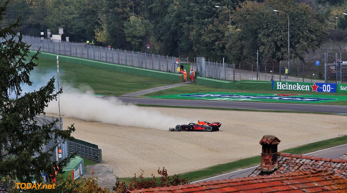 <b>Video:</b> De boordradio van Verstappen zonder piepjes na klapband GP Imola