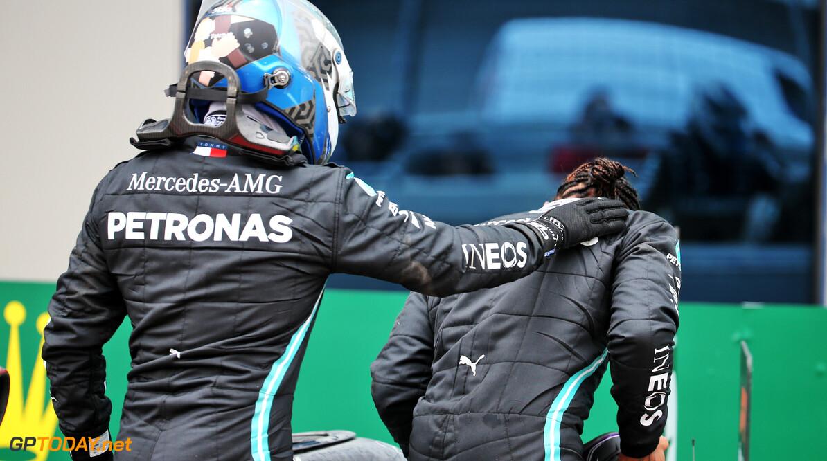 """Bottas praat voor eigen parochie: """"Mijn race pace is veel beter dan die van Lewis"""""""