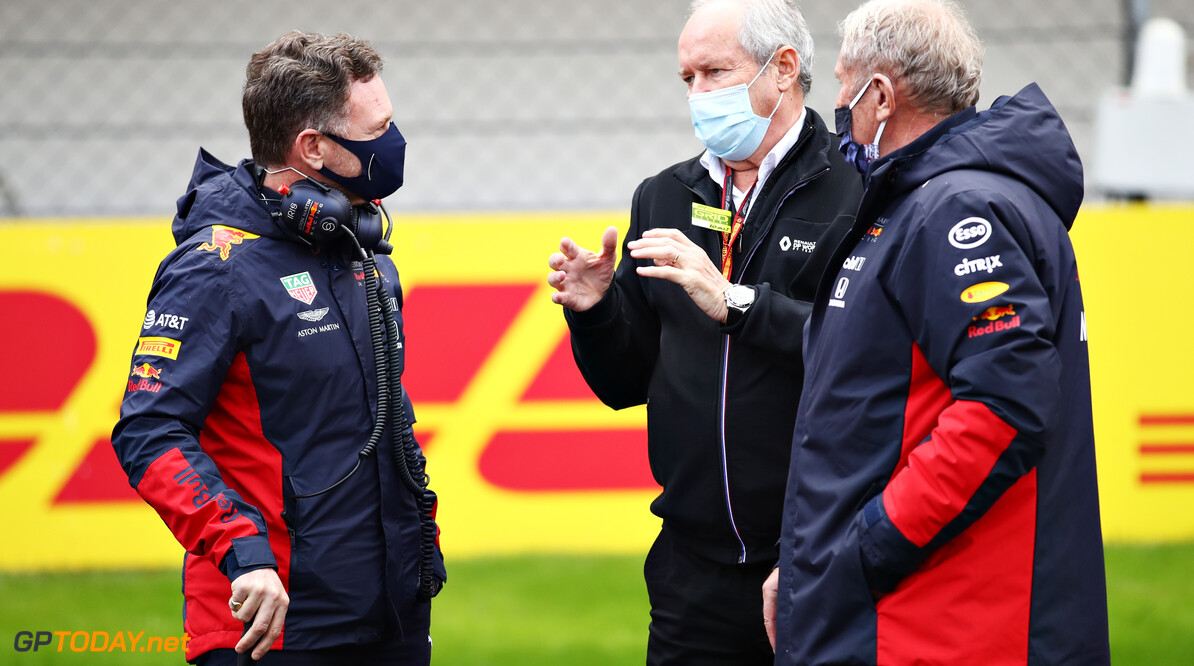ISTANBUL, TURKEY - NOVEMBER 15: Red Bull Racing Team Principal Christian Horner, Red Bull Racing Team Consultant Dr Helmut Marko and Renault CEO Jerome Stoll talk on the grid before the F1 Grand Prix of Turkey at Intercity Istanbul Park on November 15, 2020 in Istanbul, Turkey. (Photo by Bryn Lennon/Getty Images) // Getty Images / Red Bull Content Pool  // SI202011150085 // Usage for editorial use only //  F1 Grand Prix of Turkey     SI202011150085