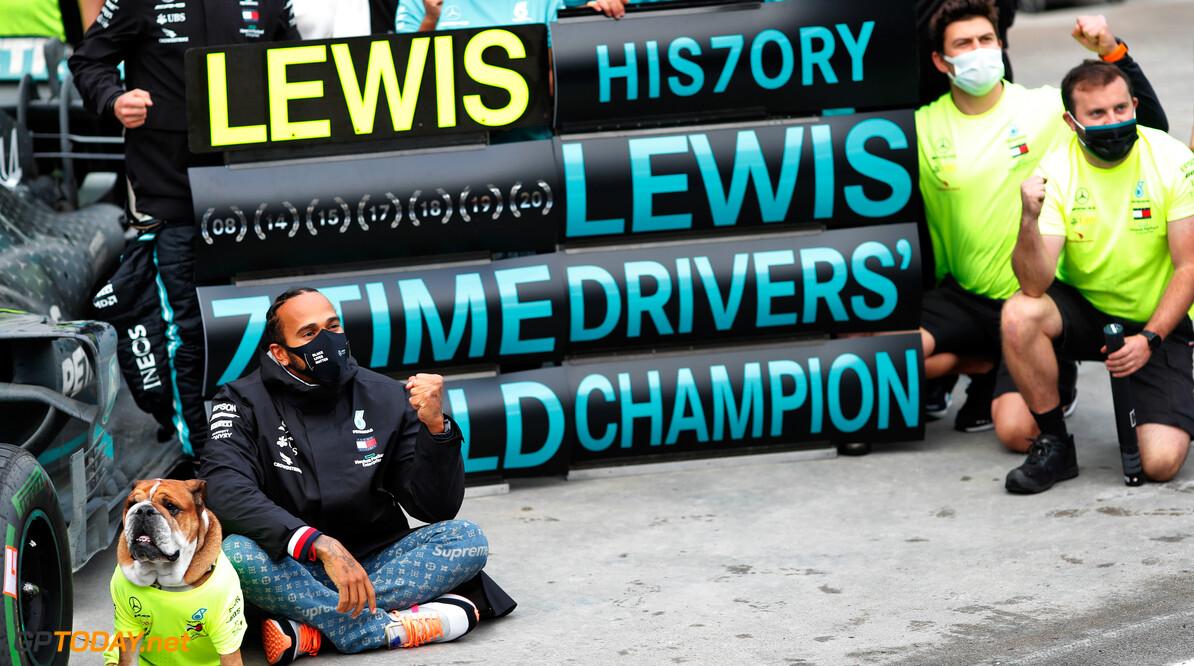 """Toto Wolff geeft duidelijkheid: """"Hamilton blijft in 2021 bij Mercedes"""""""