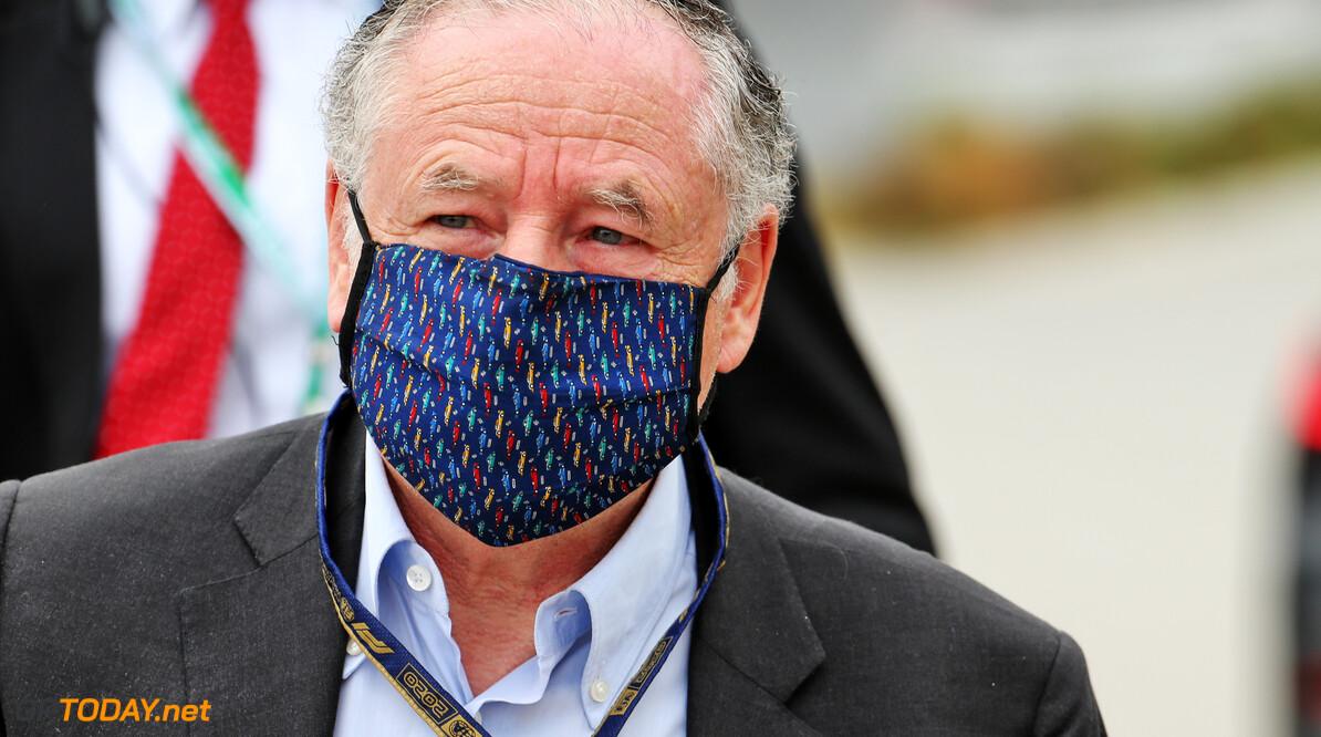 """Jean Todt: """"Michael Schumacher krijgt behandeling om terug te keren naar normaal leven"""""""