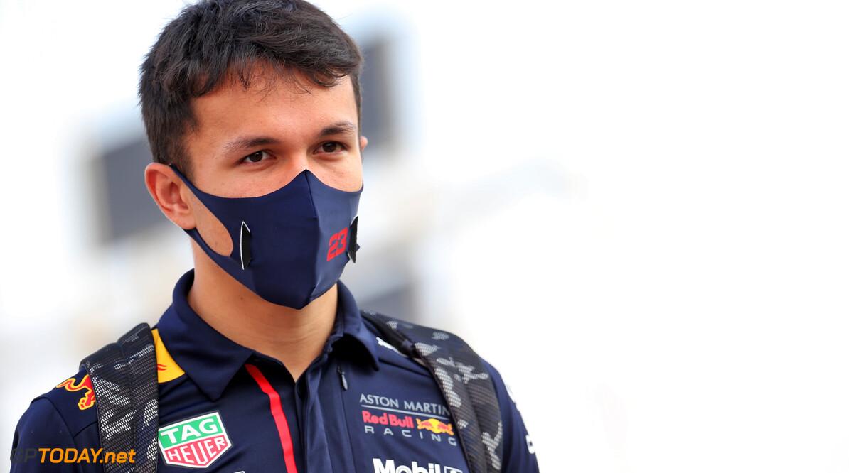 "Strategie Red Bull nekt Albon: ""We wilden banden sparen"""