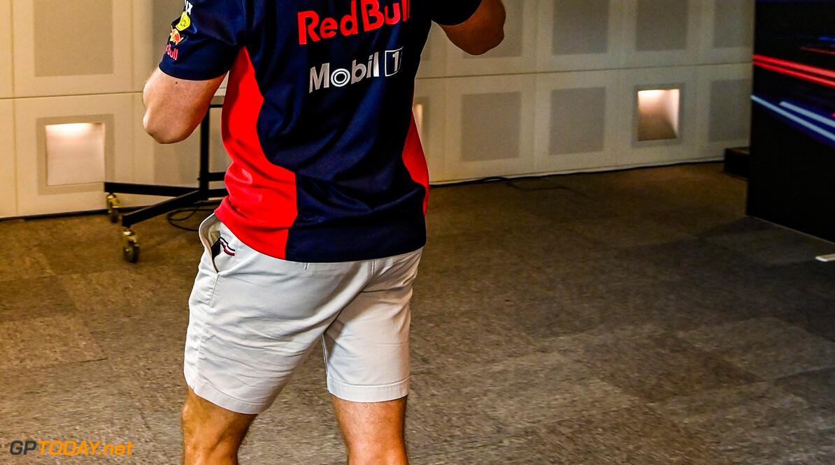 """Verstappen: """"Heb dit jaar veel op het podium gestaan maar corona heeft Red Bull geraakt"""""""
