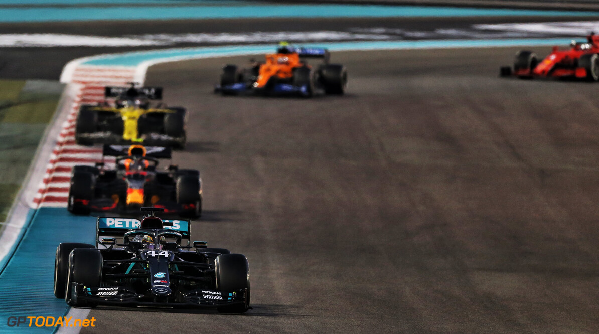 "Hamilton na derde plek GP Abu Dhabi: ""Red Bull was te snel dit weekend"""