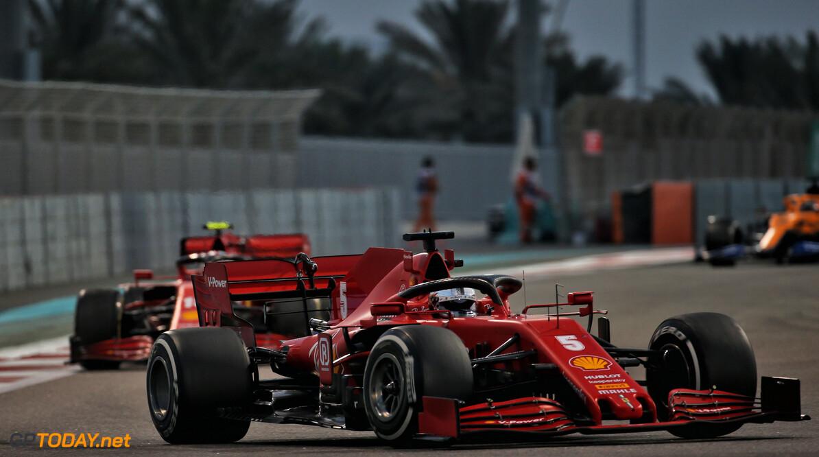 <b>Video:</b> Vettel en Leclerc spelen 'Wie ben ik?'