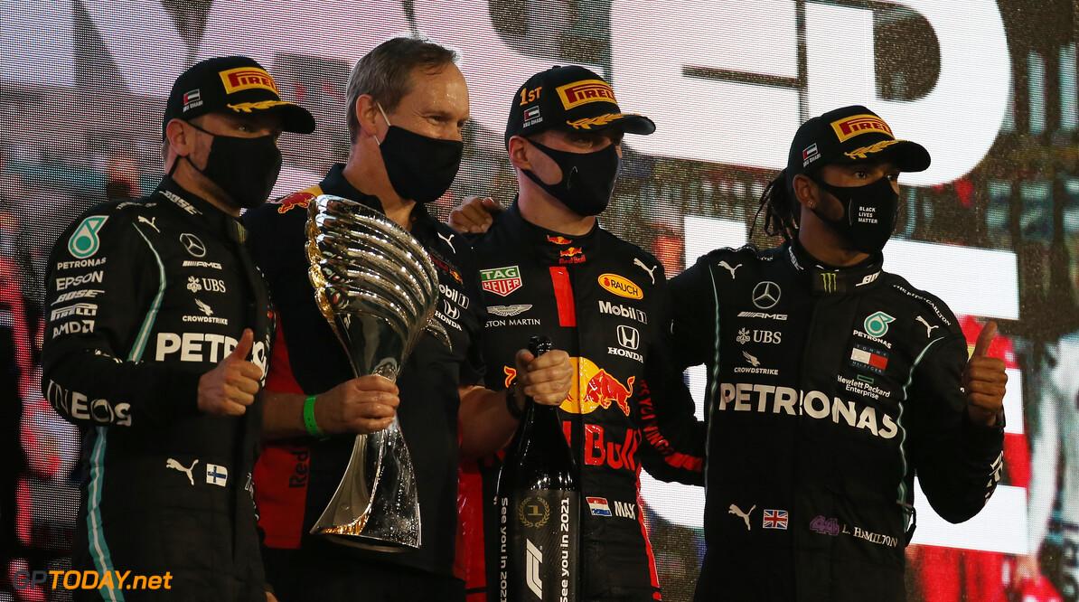"""Lauda voor Verstappen bij Red Bull tekende: """"Hoeveel heeft Marko geboden?"""""""