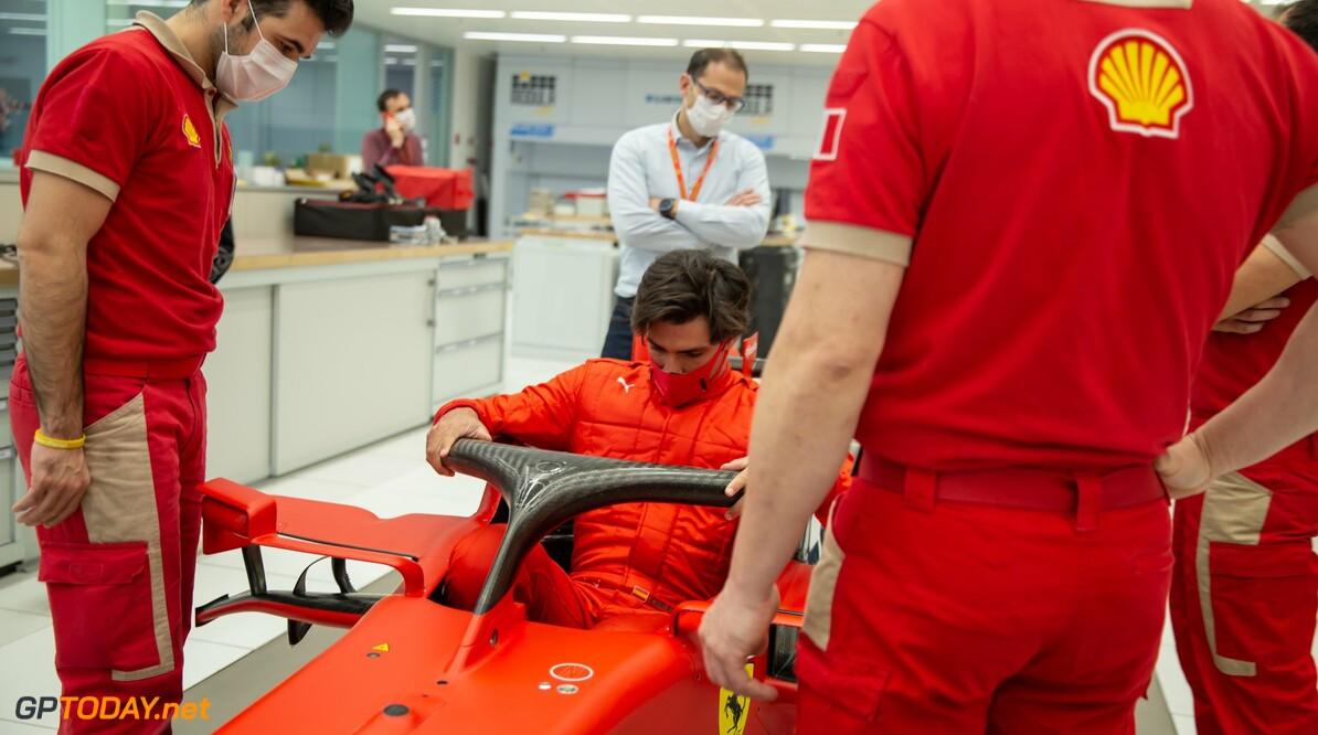 """Carlos Sainz: """"Druk bij Ferrari wordt niet minder door lengte van contract"""""""