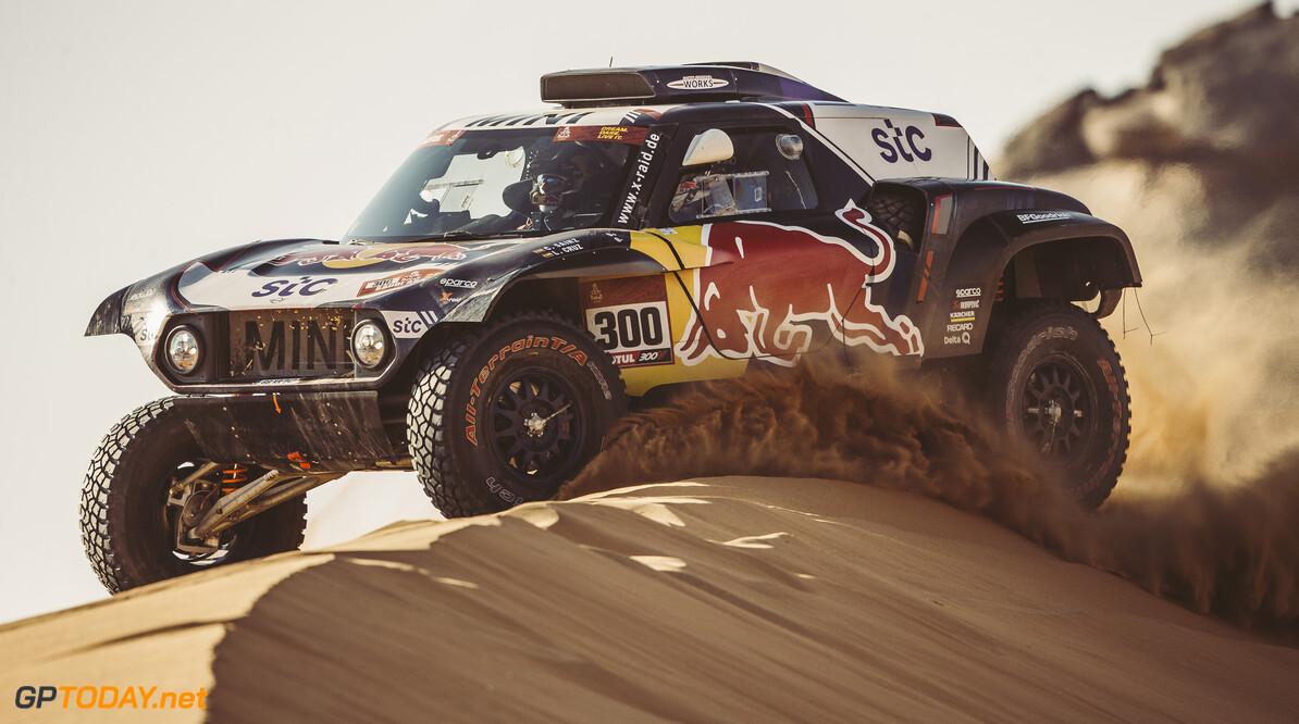 Carlos Sainz (ESP) for X-Raid Mini JCW Team races during stage 2 of Rally Dakar 2021 from Bisha to Wadi Ad-Dawasir, Saudi Arabia on January 04, 2021. // Flavien Duhamel/Red Bull Content Pool // SI202101040098 // Usage for editorial use only //  Carlos Sainz     SI202101040098