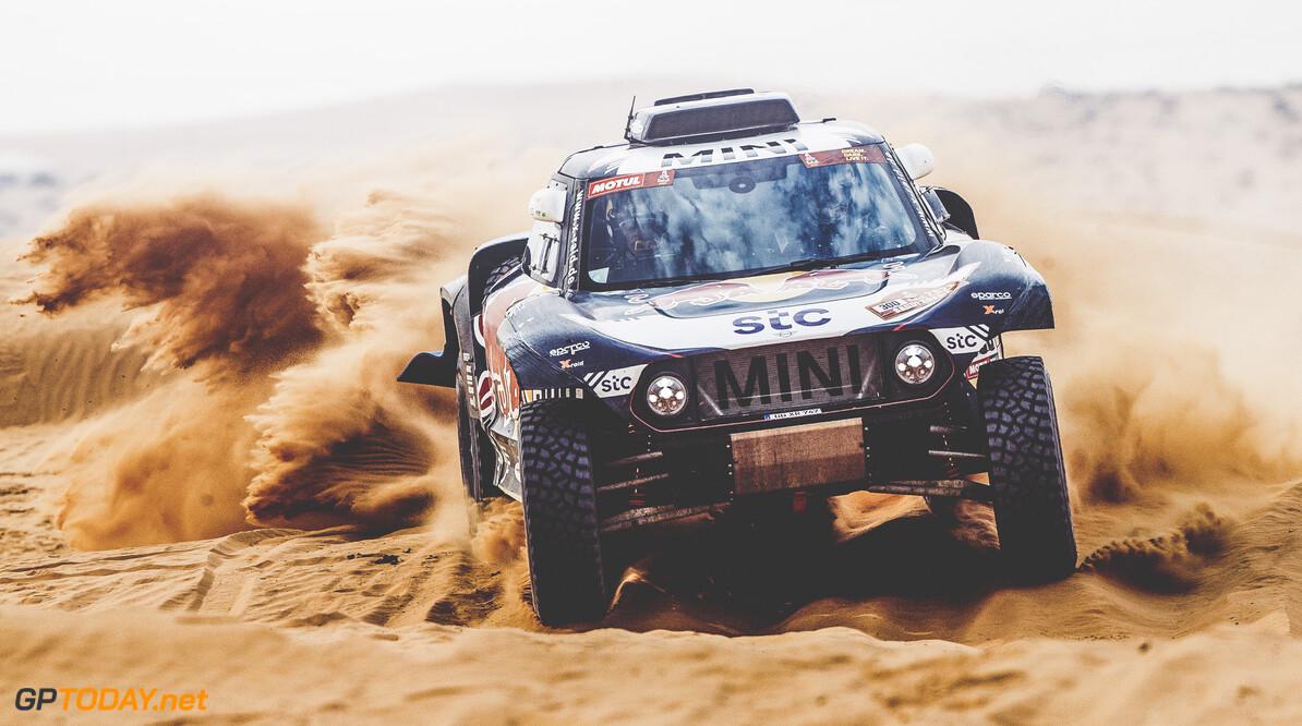 Carlos Sainz (ESP) for X-Raid Mini JCW Team races during stage 5 of Rally Dakar 2021 from Riyadh to Buraydah, Saudi Arabia on January 07, 2021. // Flavien Duhamel/Red Bull Content Pool // SI202101070134 // Usage for editorial use only //  Carlos Sainz     SI202101070134