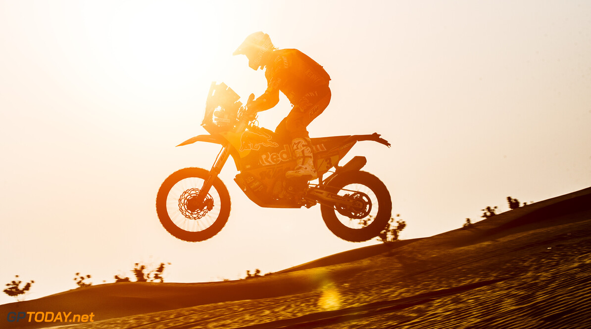 Toby Price (AUS) for Red Bull KTM Factory Team races during stage 5 of Rally Dakar 2021 from Riyadh to Buraydah, Saudi Arabia on January 07, 2021. // Flavien Duhamel/Red Bull Content Pool // SI202101070126 // Usage for editorial use only //  Toby Price     SI202101070126