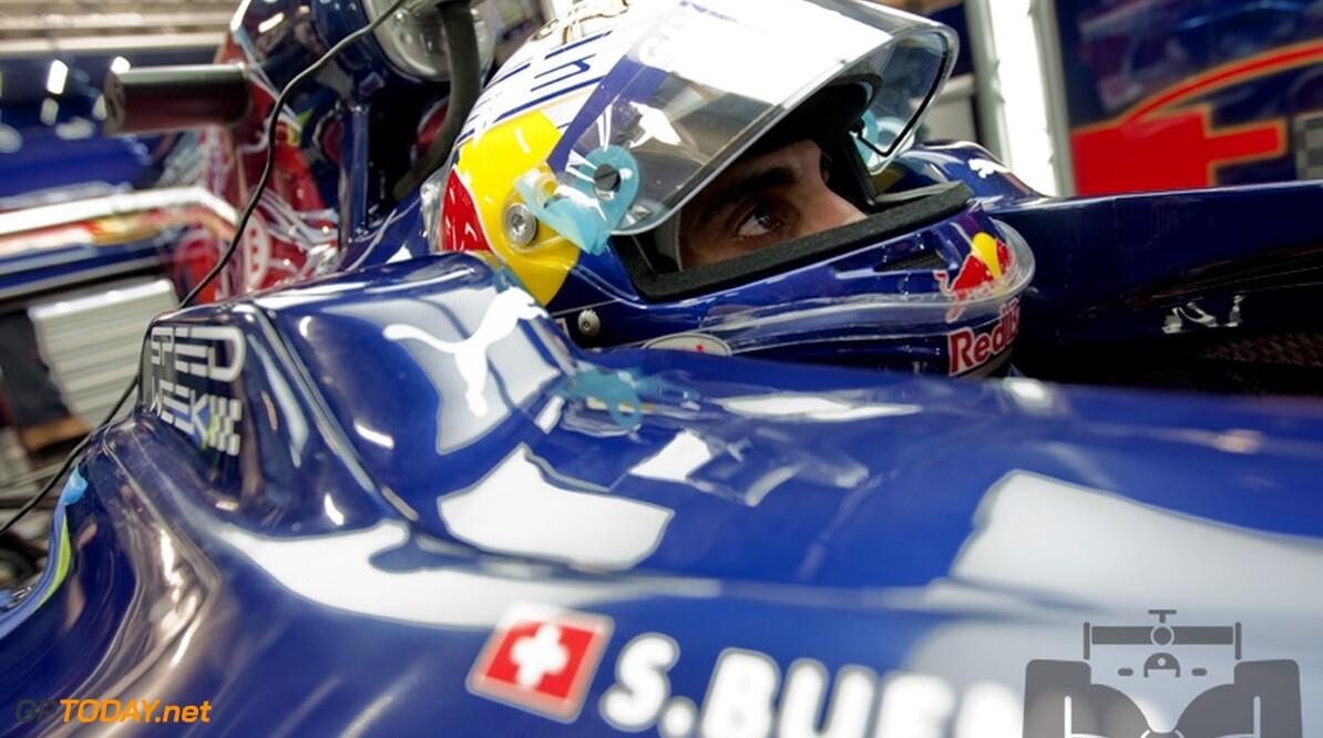 Buemi tekent nieuw contract bij Scuderia Toro Rosso