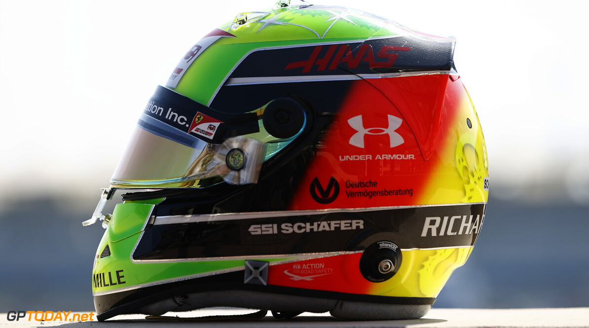 2020 Abu Dhabi GP YAS MARINA CIRCUIT, UNITED ARAB EMIRATES - DECEMBER 10: Mick Schumacher, Haas F1 racing helmet during the Abu Dhabi GP at Yas Marina Circuit on Thursday December 10, 2020 in Abu Dhabi, United Arab Emirates. (Photo by Andy Hone / LAT Images) 2020 Abu Dhabi GP Andy Hone Yas Island United Arab Emirates  helmet TS-Live