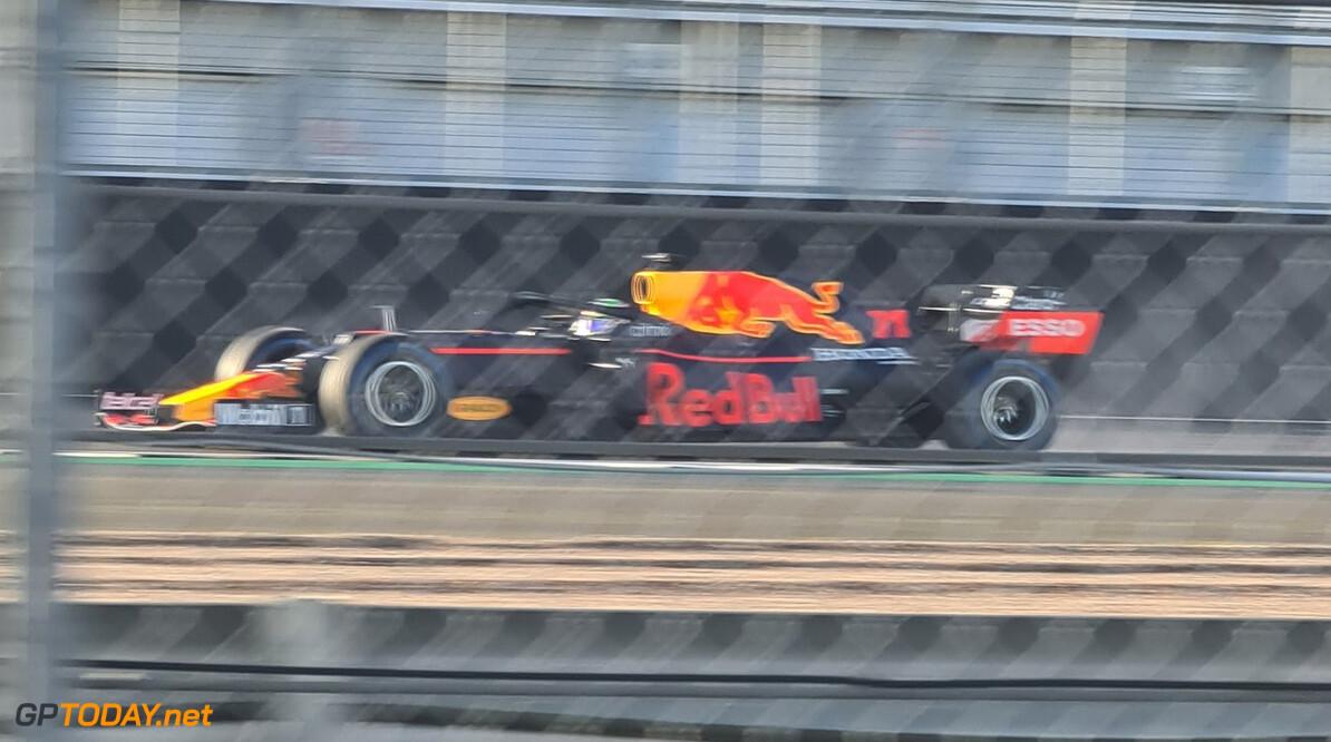 Eerste shakedown foto RB16B met Sergio Perez op Silverstone
