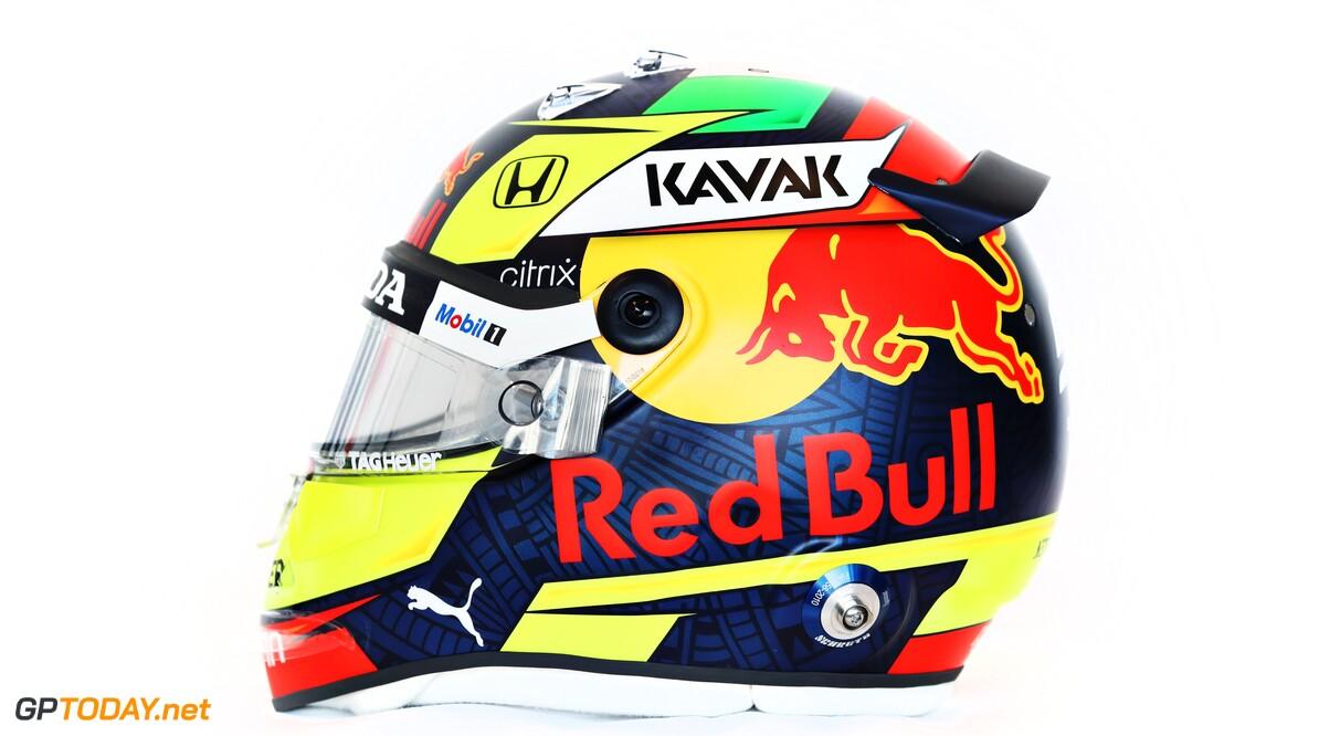 <b>Video: </b>Sergio Perez toont zijn eerste helm in dienst van Red Bull