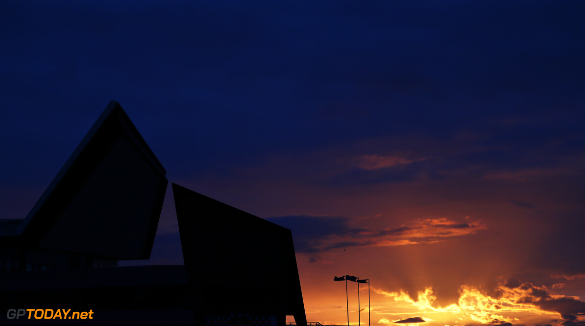 NORTHAMPTON, ENGLAND - FEBRUARY 24: The sun rises over the circuit during the Red Bull Racing Filming Day at Silverstone on February 24, 2021 in Northampton, England. (Photo by Dan Istitene/Getty Images for Red Bull Racing) // Getty Images / Red Bull Content Pool  // SI202102240192 // Usage for editorial use only //  Venue     SI202102240192