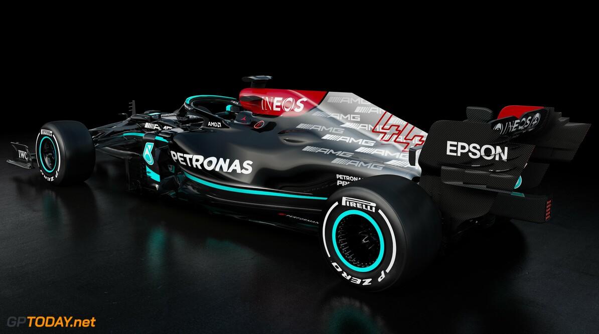 Mercedes openhartig en geheimzinnig tegelijk over de W12