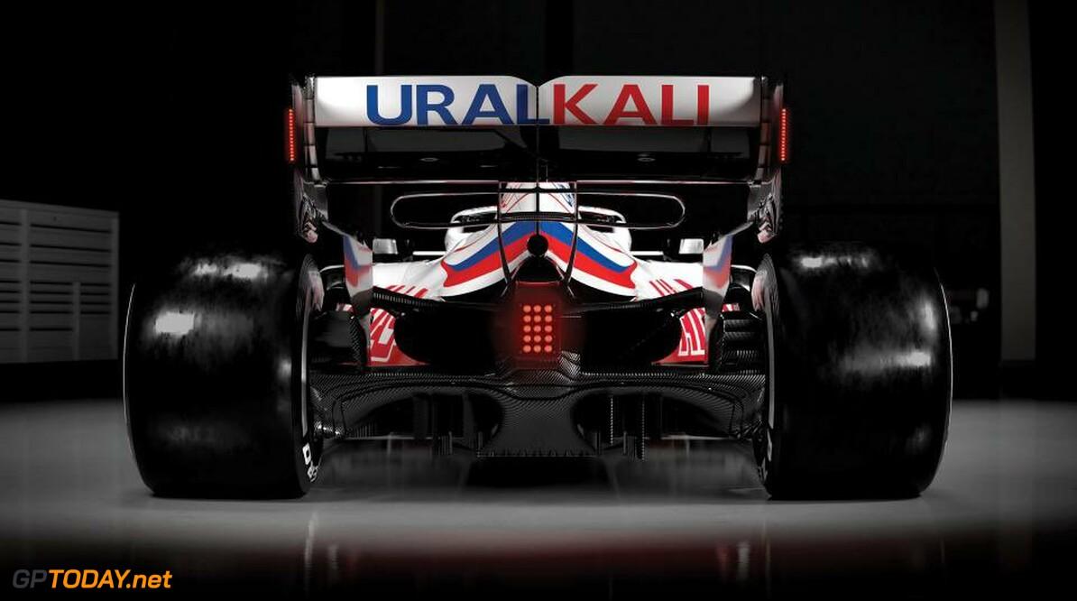 Haas F1 Team zwengelt nieuwe VF-21 voor de eerste keer aan