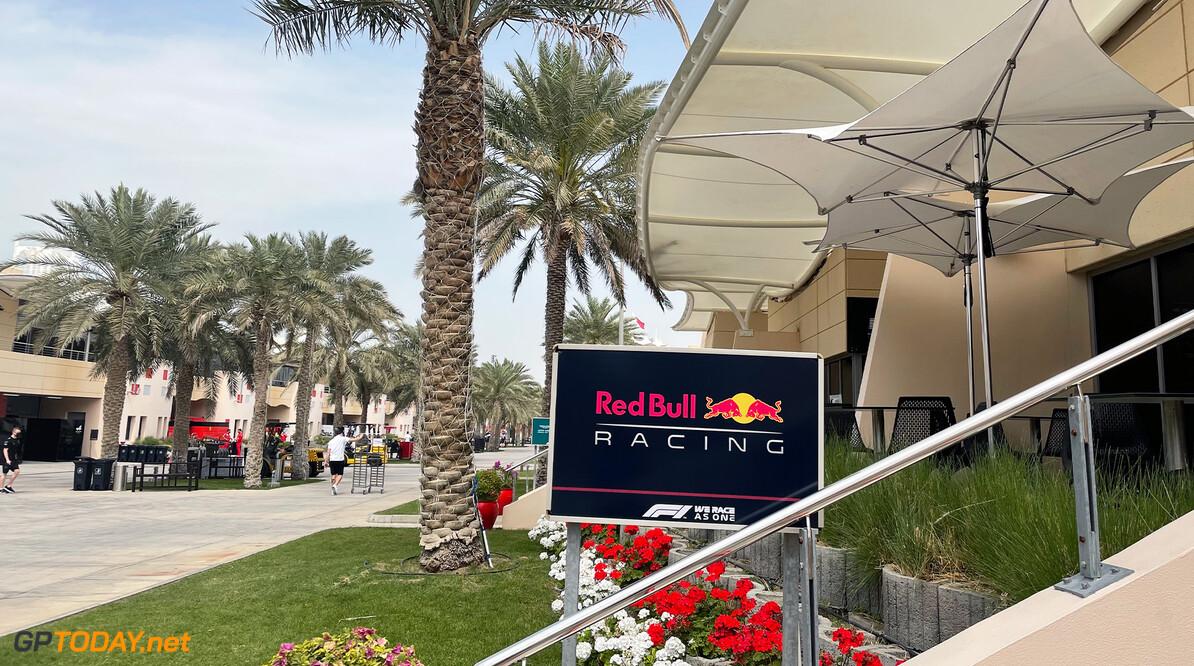 <b>Video:</b> Red Bull-junioren Juri Vips en Liam Lawson beantwoorden vragen van fans