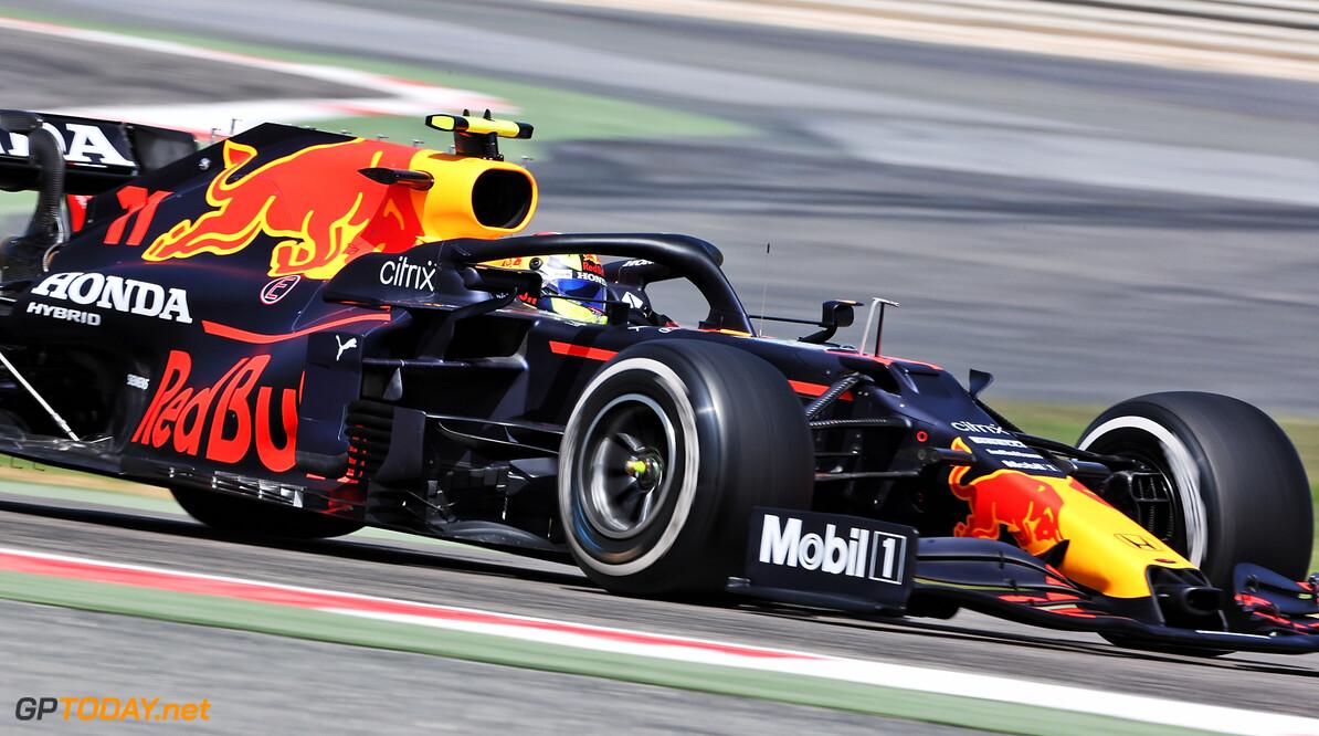 'Sergio Perez zowel in korte als lange runs sneller dan Max Verstappen'