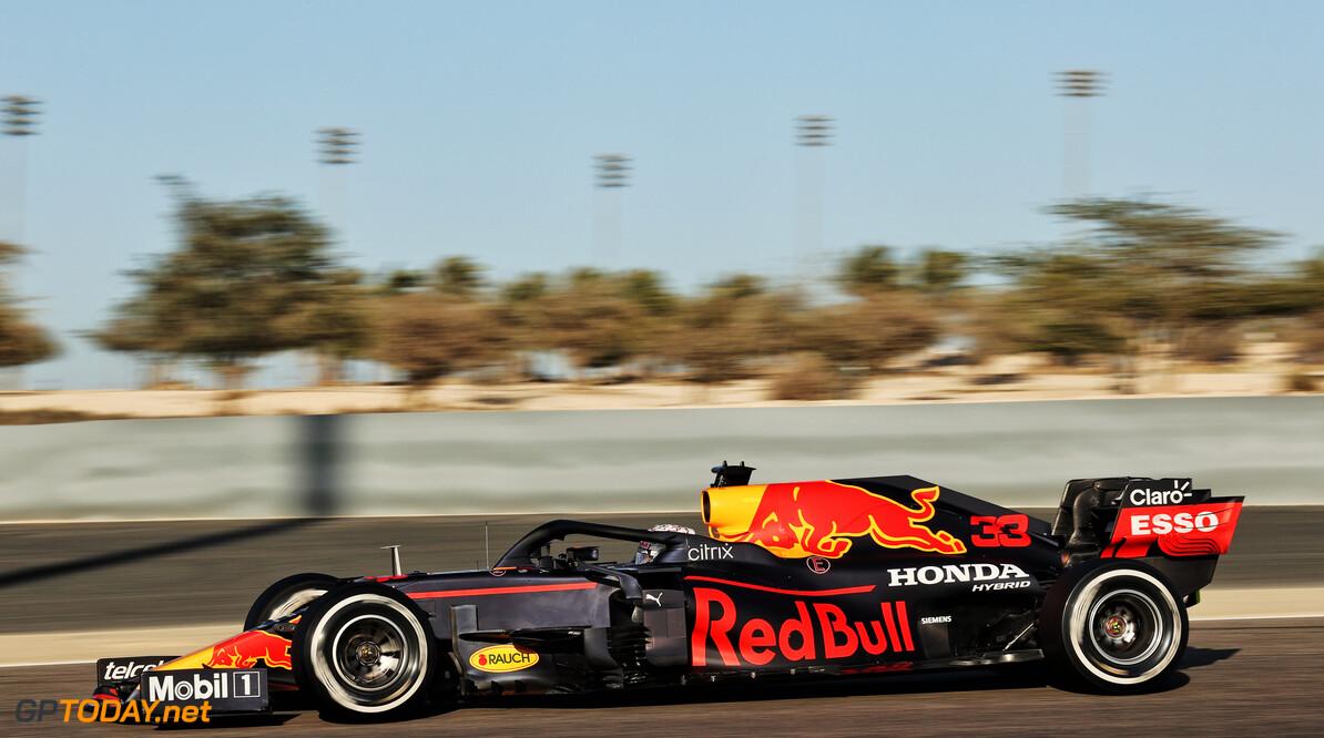 <b>Video:</b> Aan boord bij Verstappen tijdens de snelste ronde van de testdagen