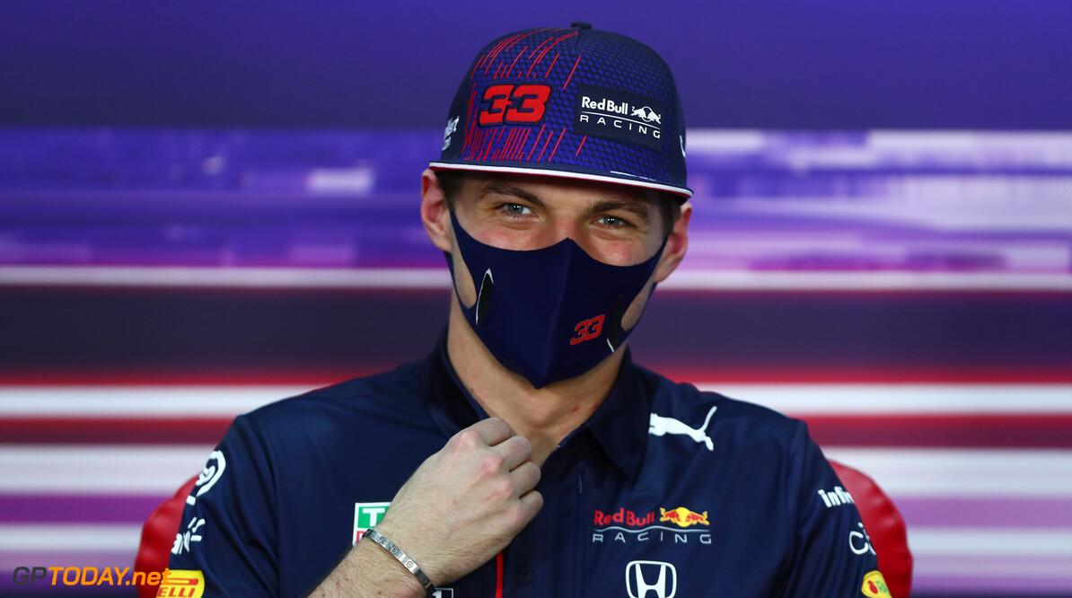 Horner van mening dat Mercedes er 'dreigend' uitziet ondanks snelste tijd Verstappen