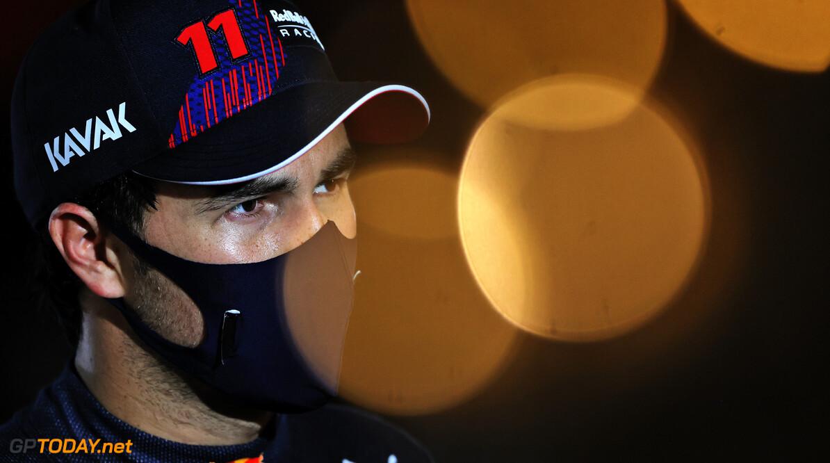"""Sergio Perez wilde uit zijn Red Bull springen: """"Hoorde ineens mijn engineer op de radio"""""""