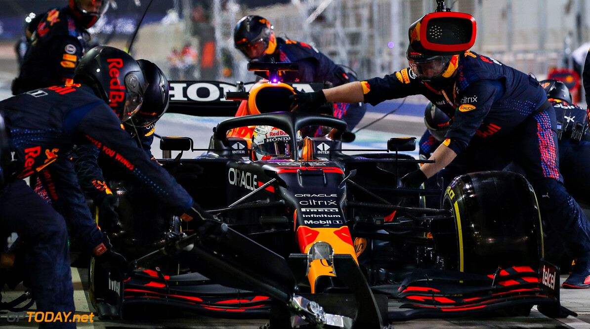 BAHRAIN, BAHRAIN - MARCH 28: Max Verstappen of the Netherlands driving the (33) Red Bull Racing RB16B Honda makes a pitstop during the F1 Grand Prix of Bahrain at Bahrain International Circuit on March 28, 2021 in Bahrain, Bahrain. (Photo by Mark Thompson/Getty Images) // Getty Images / Red Bull Content Pool  // SI202103280155 // Usage for editorial use only //  F1 Grand Prix of Bahrain     SI202103280155