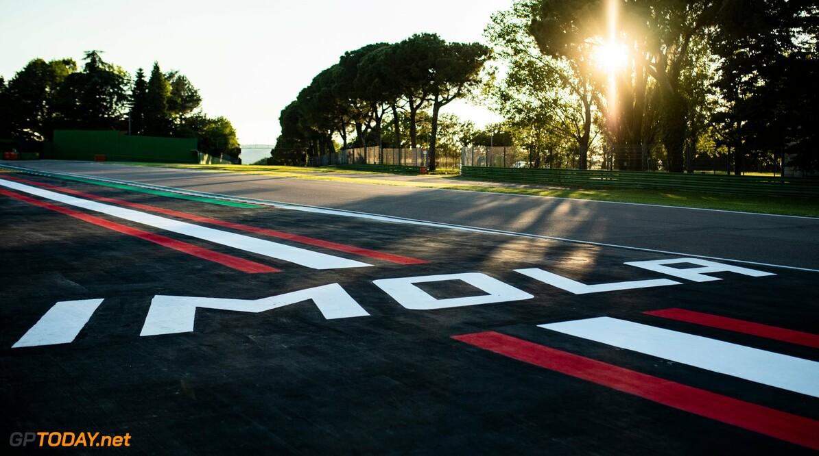 Formule 1-teams houden voor zondag rekening met buien in Imola