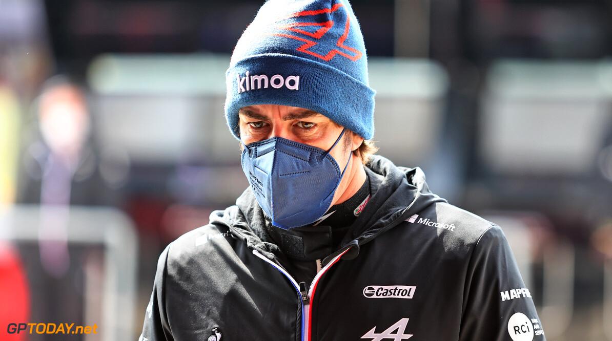 """Alonso: """"Max Verstappen beste coureur van dit seizoen tot nu toe"""""""