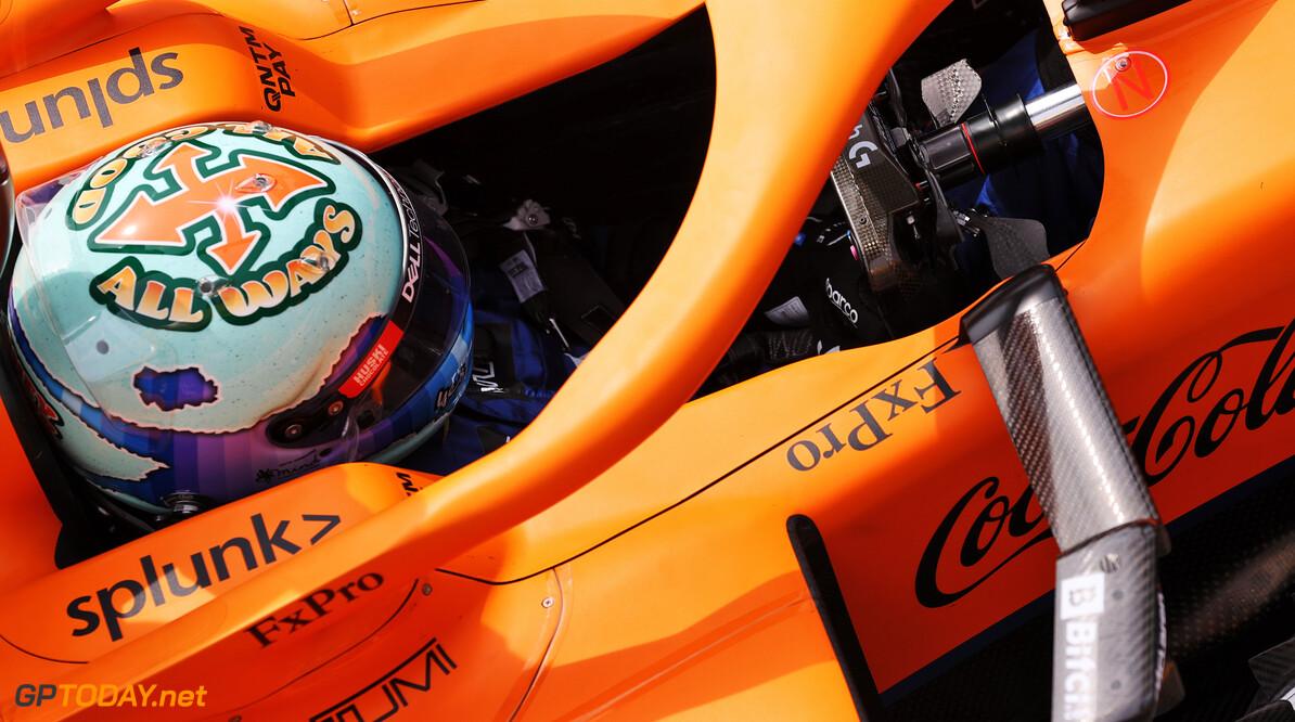 <b>Video:</b> Daniel Ricciardo gaat undercover op het internet