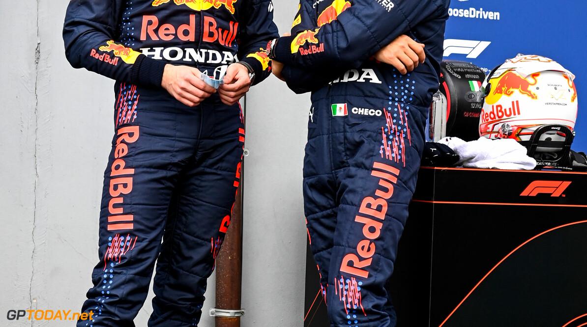 Sergio Perez mikt op een 1-2 voor Red Bull Racing in Portugal