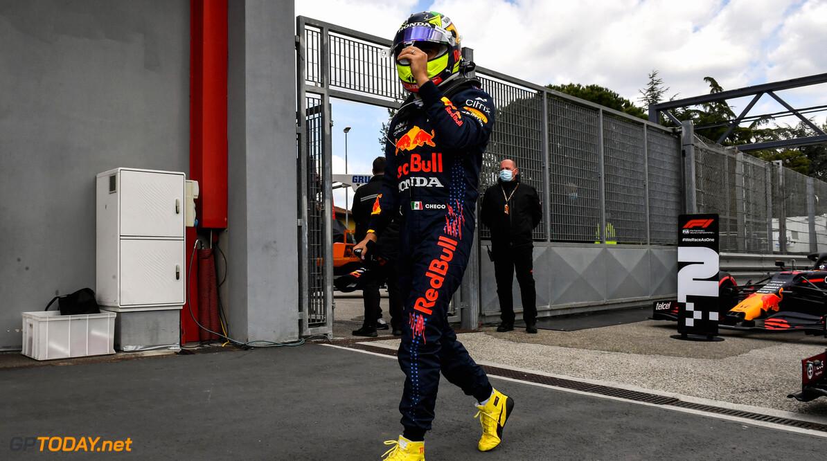 Helmut Marko door het dolle met tweede plaats Sergio Perez