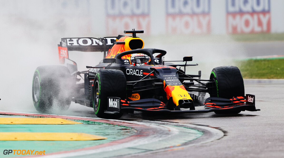 IMOLA, ITALY - APRIL 18: Max Verstappen of the Netherlands driving the (33) Red Bull Racing RB16B Honda on track during the F1 Grand Prix of Emilia Romagna at Autodromo Enzo e Dino Ferrari on April 18, 2021 in Imola, Italy. (Photo by Bryn Lennon/Getty Images) // Getty Images / Red Bull Content Pool  // SI202104180174 // Usage for editorial use only //  F1 Grand Prix of Emilia Romagna     SI202104180174