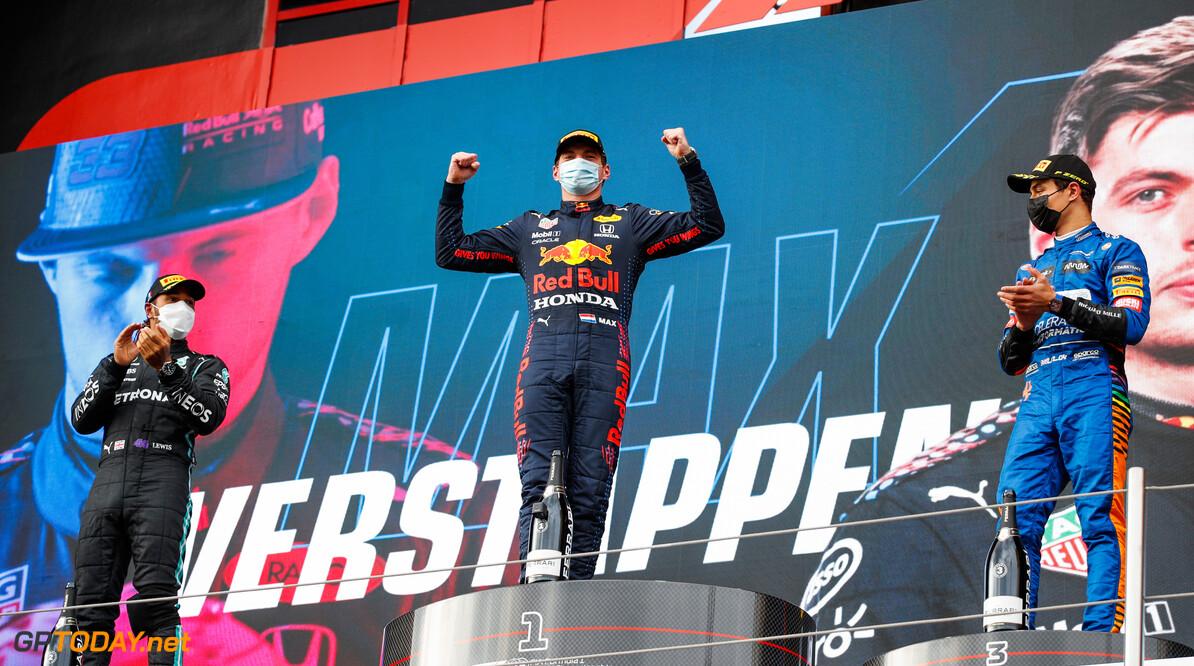 """Coulthard: """"Alleen racegoden kunnen Max Verstappen van de titel afhouden"""""""