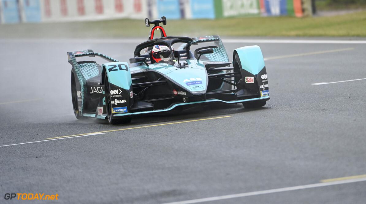 Mitch Evans (NZL), Jaguar Racing, Jaguar I-TYPE 5   Sam Bagnall Valencia Spain  action TS-Live Sunday Jaguar