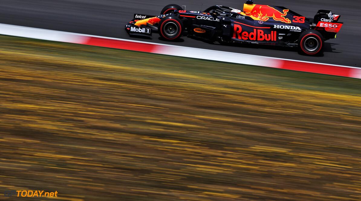 "Montoya over track limits: ""Max Verstappen en Helmut Marko hebben weinig geduld"""