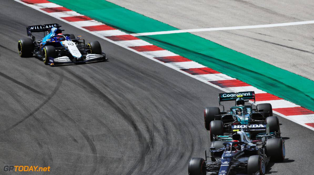 Boze tongen beweren: 'Vettel ingehuurd ter meerdere ere en glorie van Stroll'
