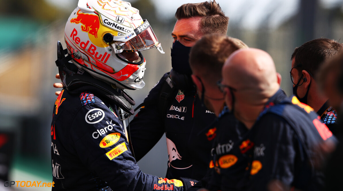 PORTIMAO, PORTUGAL - MAY 02: Second placed Max Verstappen of Netherlands and Red Bull Racing celebrates with his team in parc ferme during the F1 Grand Prix of Portugal at Autodromo Internacional Do Algarve on May 02, 2021 in Portimao, Portugal. (Photo by Mark Thompson/Getty Images) // Getty Images / Red Bull Content Pool  // SI202105020257 // Usage for editorial use only //  F1 Grand Prix of Portugal     SI202105020257