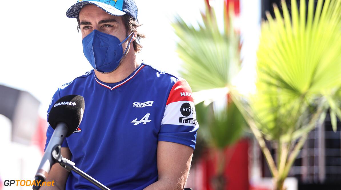 Fernando Alonso vertelt over zijn fiets-crash afgelopen winter