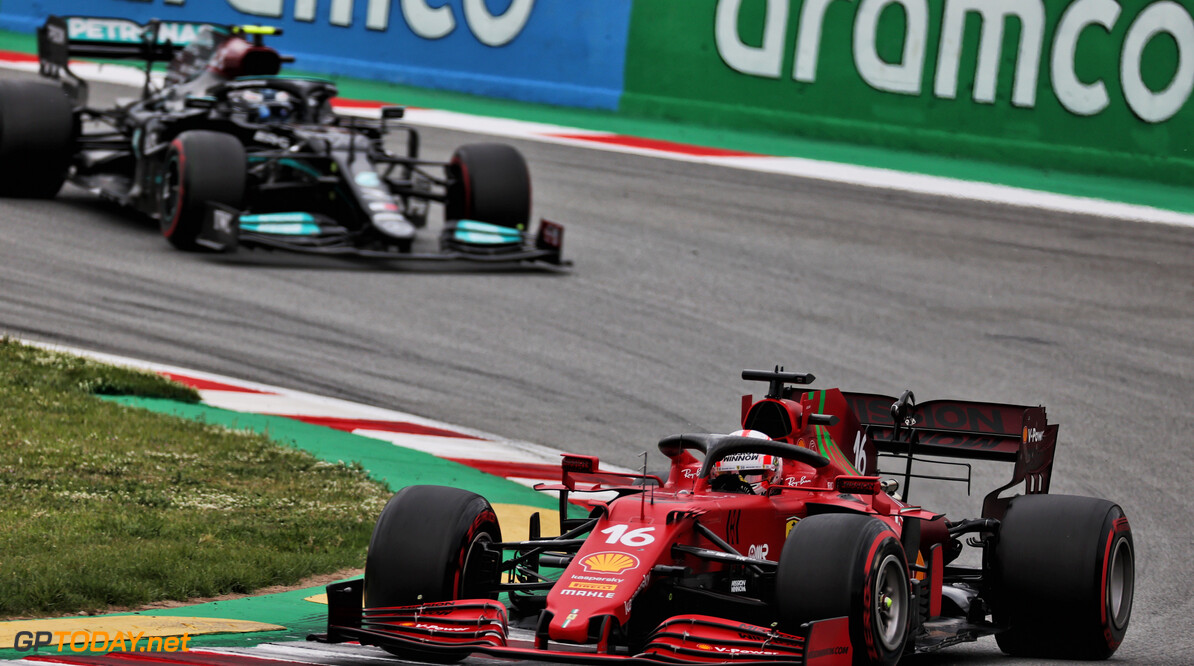 """Ferrari-baas Binotto gepikeerd: """"Vooruitgang bij Ferrari wordt ondergewaardeerd"""""""