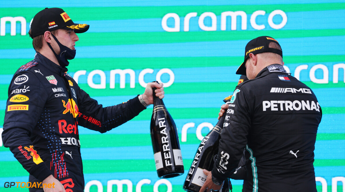 Max Verstappen rijdt met een grote glimlach op zijn gezicht dit weekend in Monaco