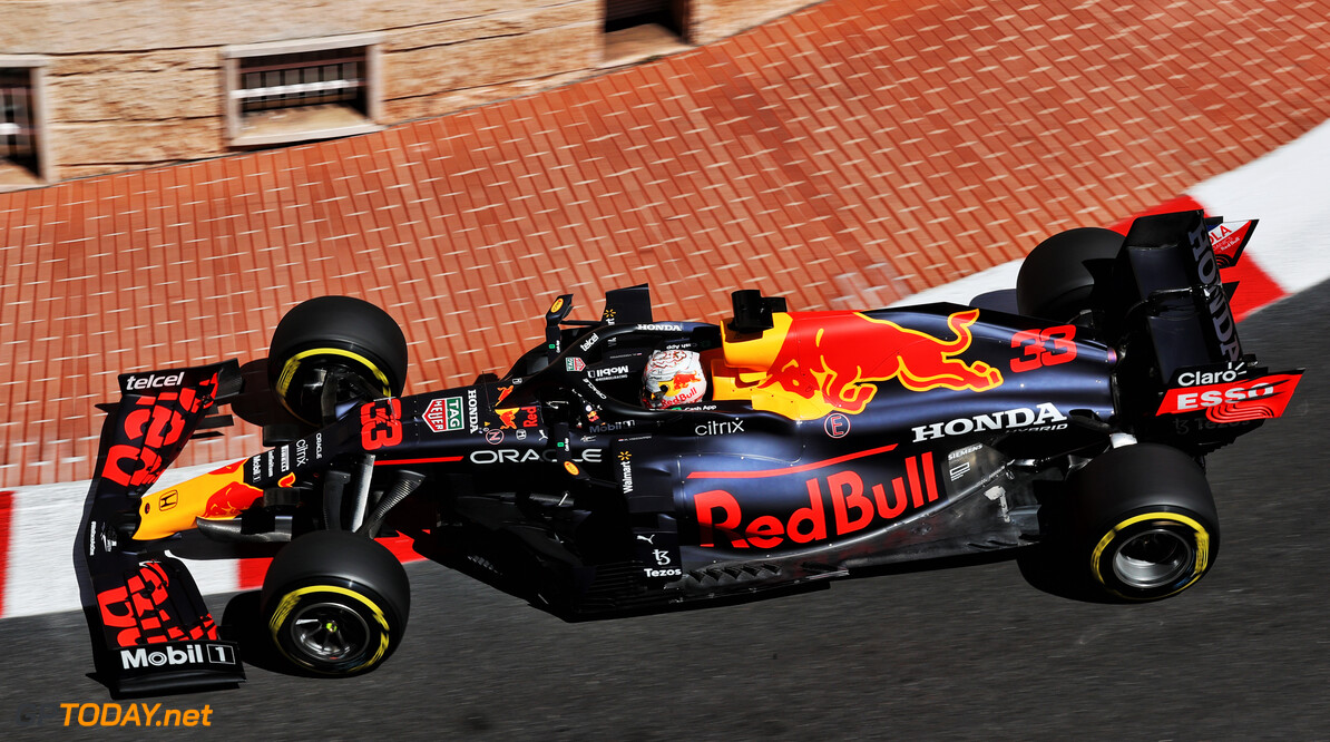 <b>Samenvatting derde vrije training GP Monaco:</b> Verstappen snelste voor beide Ferrari's, crash Schumacher stopt training voortijdig