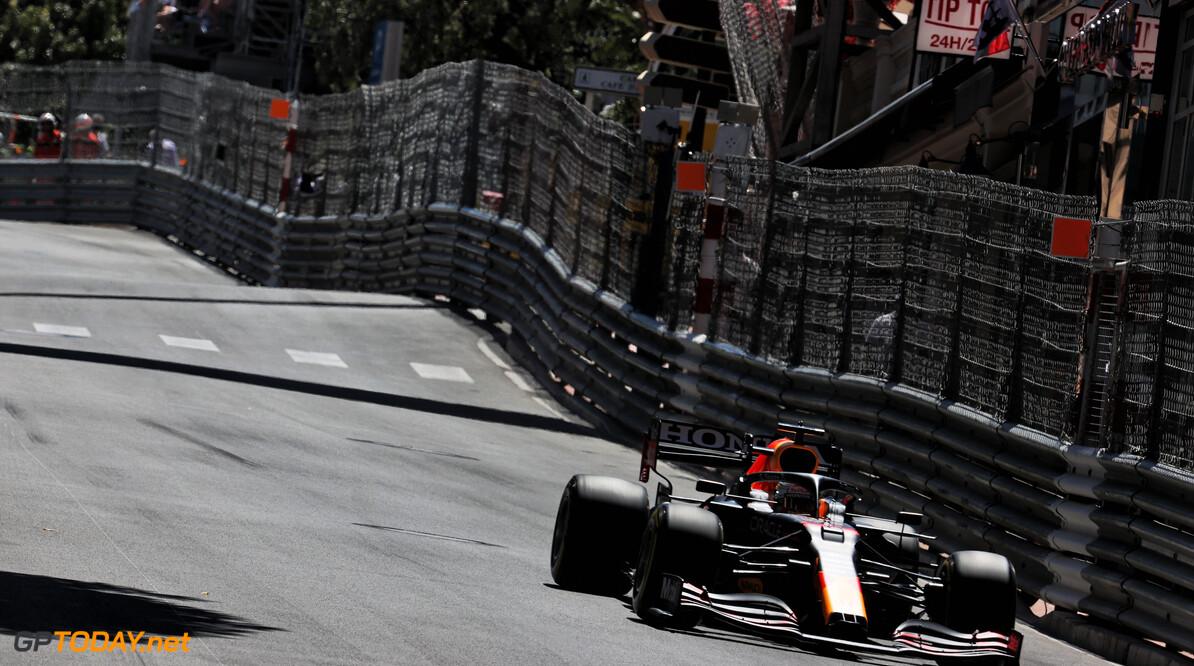 """Max Verstappen kan snelle ronde niet afmaken vanwege crash Leclerc: """"Jammer"""""""